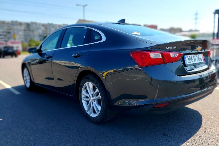 Внос на американски автомобили от САЩ и Канада закупува от аукцион Америка Импорт автокъща